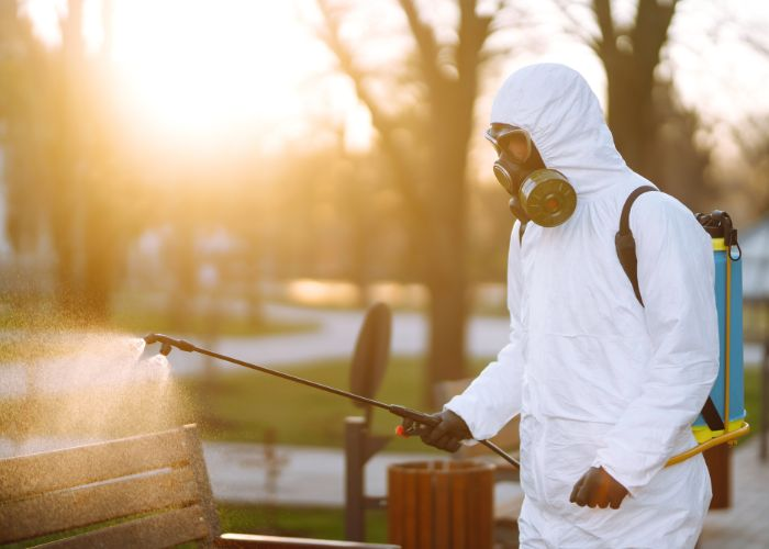 pressure washing sanitization cleaning services